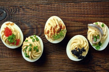 Recipe – Caviar and Goat Cheese Deviled Eggs